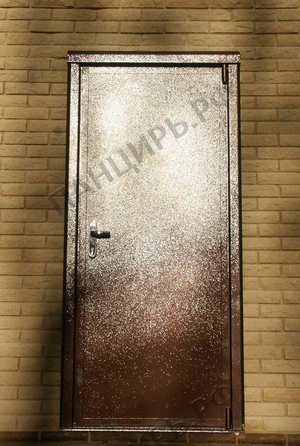 входная коттеджная дверь