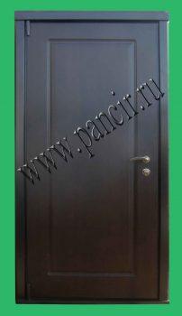 Вторая входная дверь с панелью венге