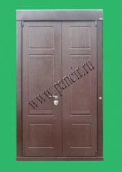 входная двухстворчатая дверь