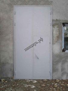 промышленные ворота с калиткой